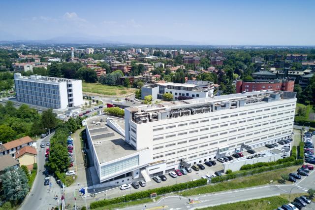 Dipartimento di Medicina e Chirurgia U8 vista dall'alto con drone